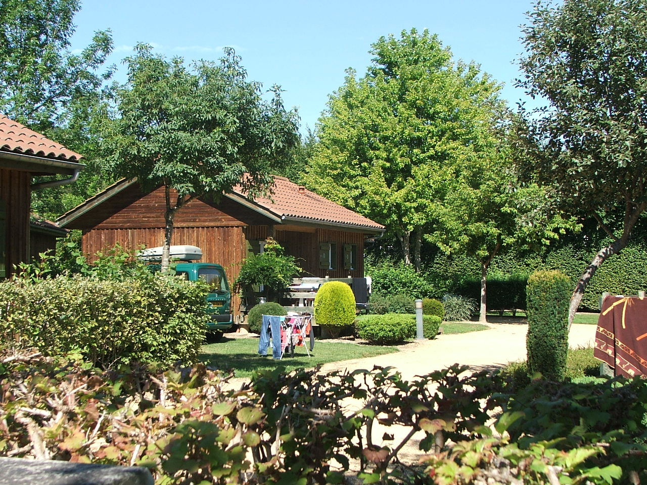 Camping municipal campings ambert puy de d me auvergne for Camping puy de dome piscine